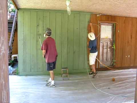 Spraying Cedar Siding With Solid Coat Stain Avi Youtube