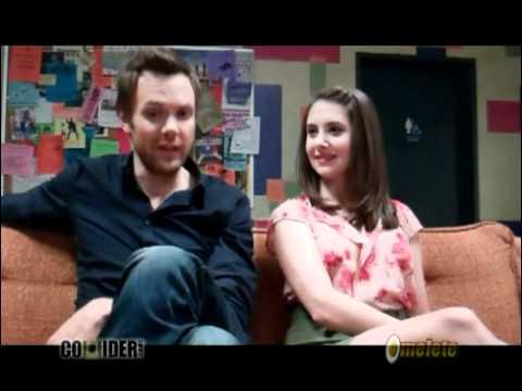 Joel Mchale and Alison Brie (Community) Season 3 interview