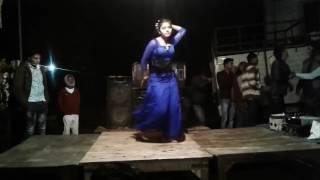 Hothlali se roti bor ke/ superb hot dance