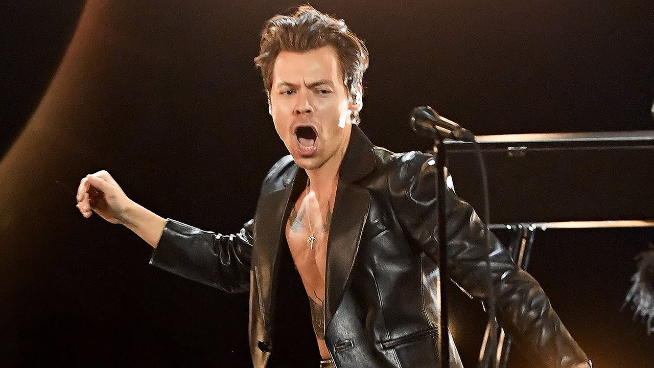 GRAMMYs 2021: Harry Styles Sings Watermelon Sugar in ELECTRIFYING Performance