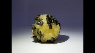 Stilbite with Epidote Fine Mineral Specimen from Diamonkara, Mali