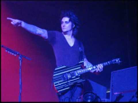 avenged-sevenfold---syn-solo-ending-live