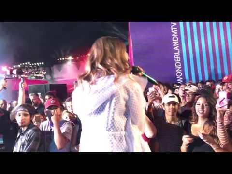 "JoJo feature Wiz Khalifa performing ""No Apologies"" live at MTV's #WONDERLANDMTV 9/29/2016."