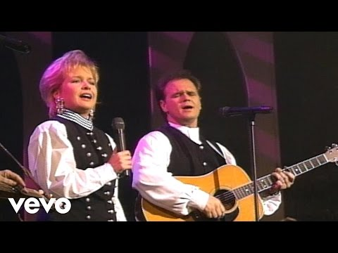 Bill & Gloria Gaither - Roses Will Bloom Again [Live] ft. Jeff & Sheri Easter