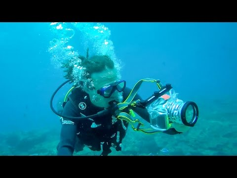UNDERWATER CASE BREAKS CAMERA!!