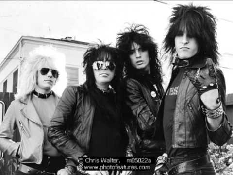 Motley Crue Hotter than Hell.flv