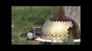 Строительство купола на храм с.Приозёрное(Продолжение строительства храма в селе Приозёрное Хорольского района, сооружение купола. Просветительски..., 2013-08-06T09:28:51.000Z)