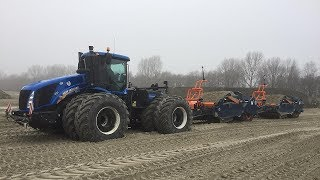 New-Holland T9.700: 700 pk met twee APS 15 scraperbakken