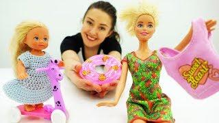 Барби и Штеффи покупают вещи на отдых. Мультики Барби