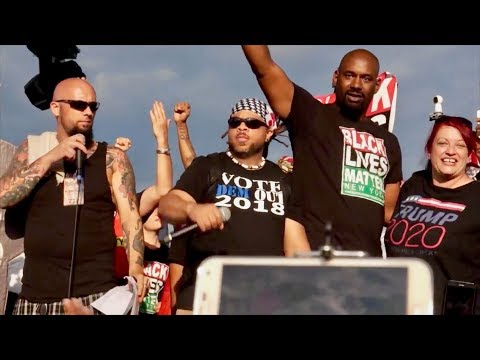 Trump Supporters Allow Freedom of Speech For #BlackLivesMatter On Stage At MOAR Rally