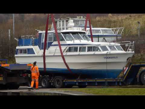 JOHN SHEPHERD boat transport delivers another new boat to Auchinstarry
