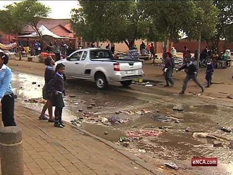 Download Bekkersdal rubble rumble with government