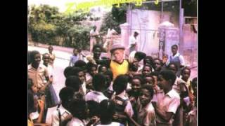 Watch Yellowman Blueberry Hill video