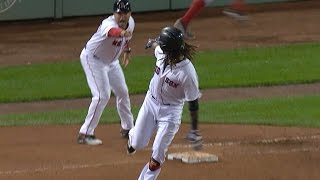 Hanley wins the game with a three-run homer