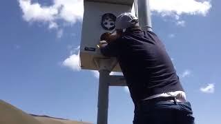 Նիկոլ Փաշինյանը կպչող ժապավեններով ծածկել է արագաչափերը