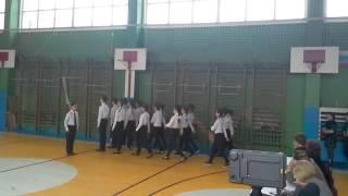 Марш 6а класса МОУ лицея 42 Вперёд мальчишки и девчонки