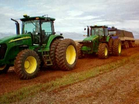 Tratores John deere desatolando bi-trem Volvo 440 Travel Video