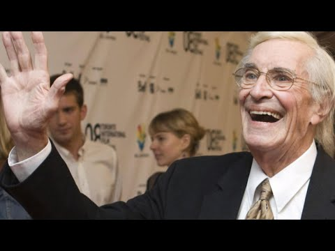 """Mission: Impossible"" star Martin Landau dies at 89"