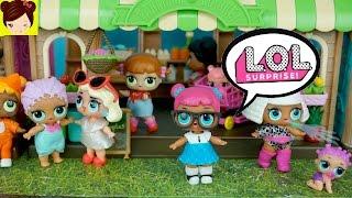 Un Dia en la vida de Muñecas L.O.L Sorpresa - Historias con Bebes y Juguetes de Calico Critters