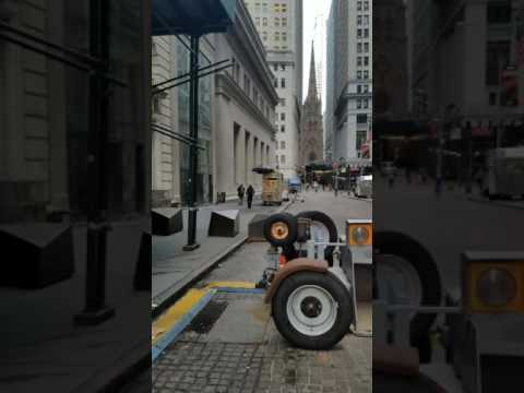 Walking tour of Wall Street