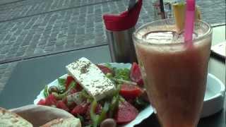 ГРЕЦИЯ: Цены на еду у Акрополя в Афинах... Греция (Athens Greece)(Ответы на вопросы http://anzortv.com/forum Смотрите всё путешествие на моем блоге http://anzor.tv/ Мои видео путешествия по..., 2012-10-01T11:56:01.000Z)