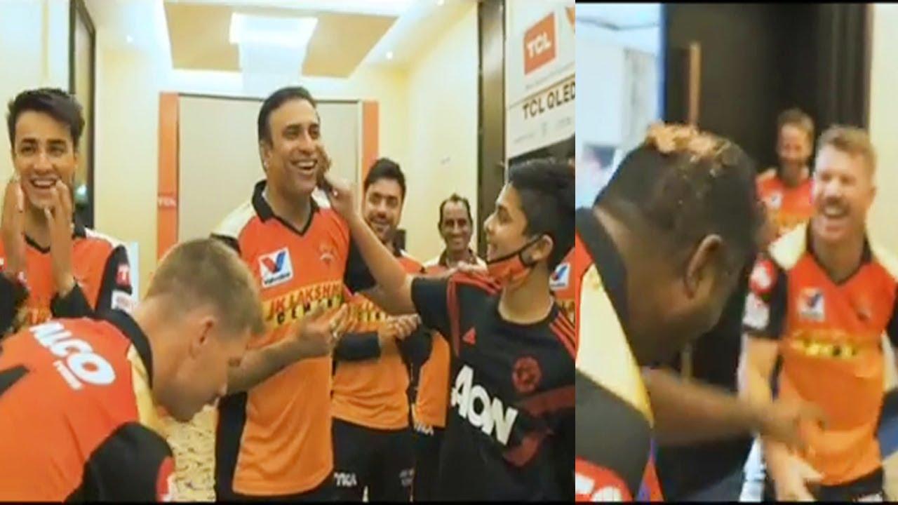 SRH vs MI:David Warner celebrate Birthday  of VVS Laxman with SRH team After beating MI in IPL Match