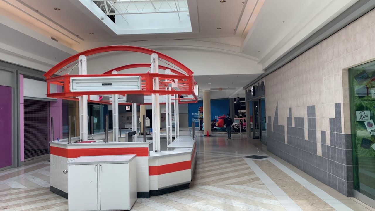 With Malls in Jeopardy, Younger Generations turn to Art to Reminisce