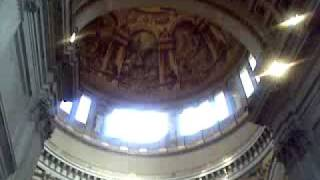 Фрагмент службы в соборе св Павла в Лондоне(Хор пел просто замечательно!, 2009-05-17T21:48:34.000Z)