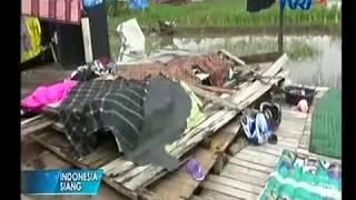 Video Angin Puting Beliung di Kalimantan Selatan download MP3, 3GP, MP4, WEBM, AVI, FLV Oktober 2018