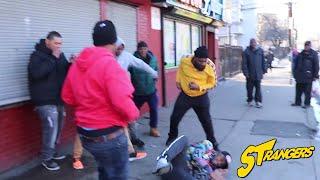 "Gambar cover Crip Rapper ""BLOOD BURGER"" Gets Demolished By PB SO ICY !! (Trenton,NJ)"