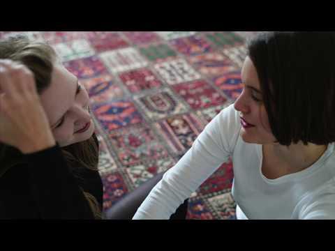 Stella Sommer & Sophia Kennedy - Man weiss es nicht genau