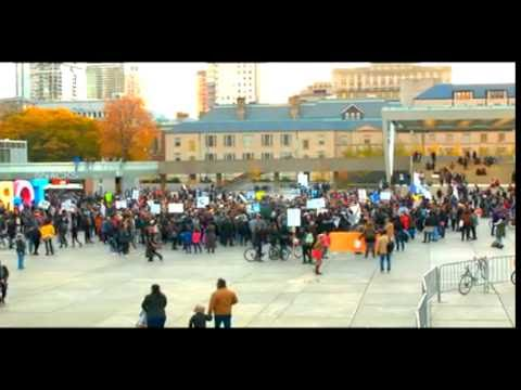 Pipeline protest by City Hall, Toronto from Native people