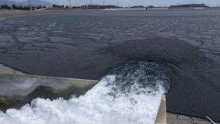 California floats shade balls to battle drought
