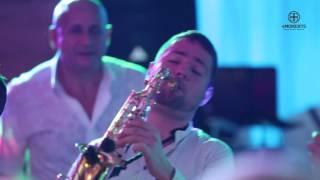 #4moments  Шоу саксофониста на свадьбе!