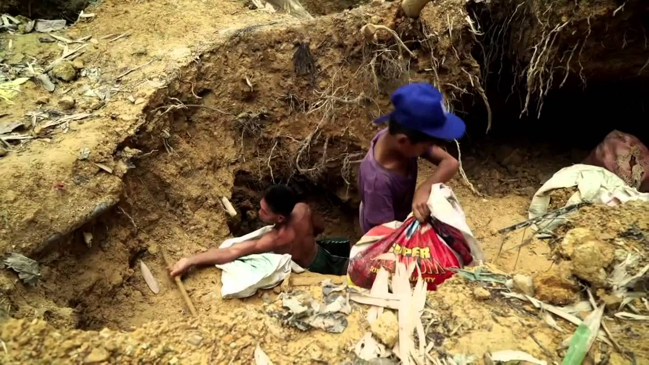 gold mining in the Philippines - YouTube