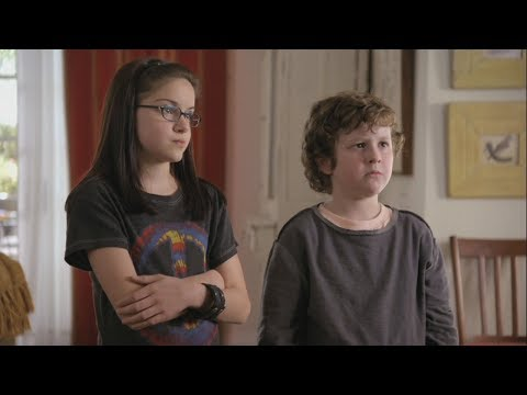 2 часть Modern Family S01E01. Перевод и субтитры. Английский самостоятельно.
