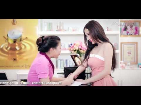 """Cách """" Tắm trắng an toàn """" của Angela Phương Trinh"""