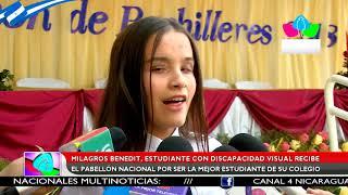 Milagros Benedit, estudiante con discapacidad visual recibe el pabellón nacional