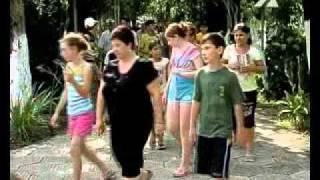Отдых подростков из Чечни и Ингушетии в Грузии(Отдых на Черноморском побережье Грузии для двух десятков подростков из Чечни и Ингушетии. Дети из социальн..., 2010-08-27T17:16:54.000Z)