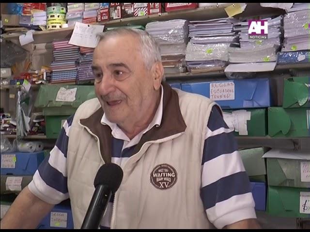 OSMAR GOLIA   PROPIETARIO LIBRERIA BELGRANO   40 AÑOS EN EL RUBRO DE LIBRERIA