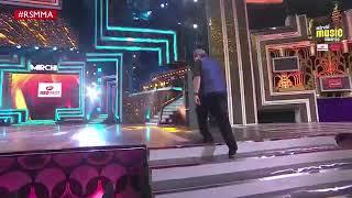 Arjit Singh on the stage