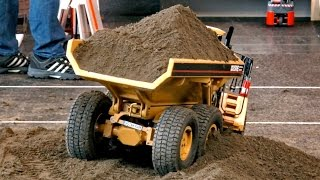 RC DUMP TRUCK AND WHEEL LOADER ACTION XXL RC CONSTRUCTION SITE AMAZING / Faszination Modellbau 2015