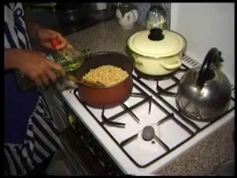 Как жарить сою на сковороде