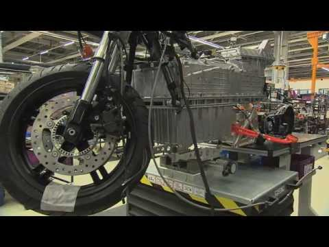 BMW C-Evolution assembly footage