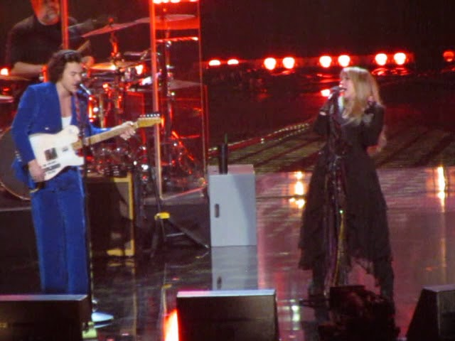 2019 Rock & Roll Hall of Fame STEVIE NICKS/HARRY STYLES Complete Duet STOP DRAGGIN' MY HEART AROUND