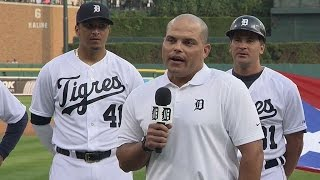 COL@DET: Pudge honored by Tigers at Comerica