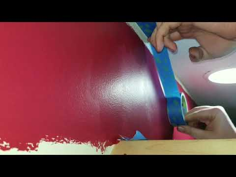 fast-&-easy-way-to-tape-ceiling-for-paint