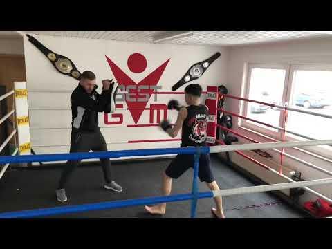 thaiboxen-und-kickboxen-für-groß-und-klein-in-bergisch-gladbach--thaiboxen-best-gym--thaiboxtraining