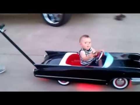Видео: Это просто мега игрушка Невероятно крутой детский автомобиль