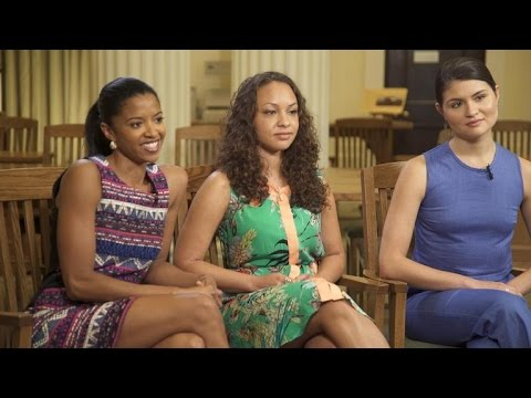"""Hamilton"" actresses on how Broadway show empowers"